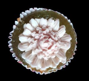 Glycerínové mýdlo - květina v papírovém košíčku